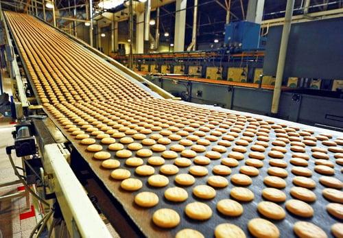 Cookies-on-conveyer-belt