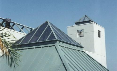 Leslie-Skylights-Pyramid-3-cropped.jpg