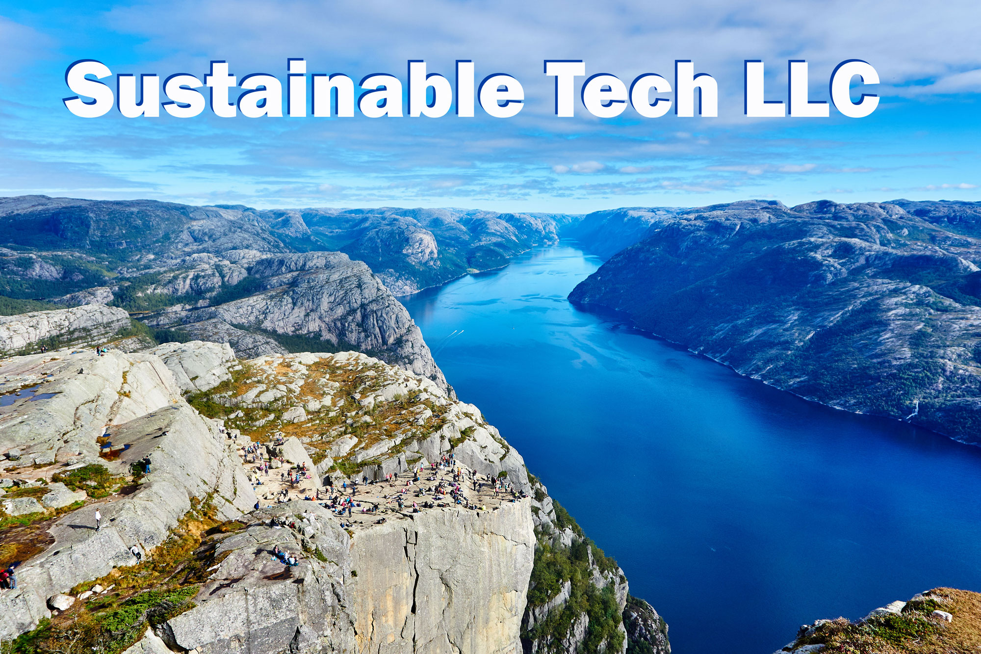 Made-in-California-manufacturer-Sustainable-Tech-logo.jpg