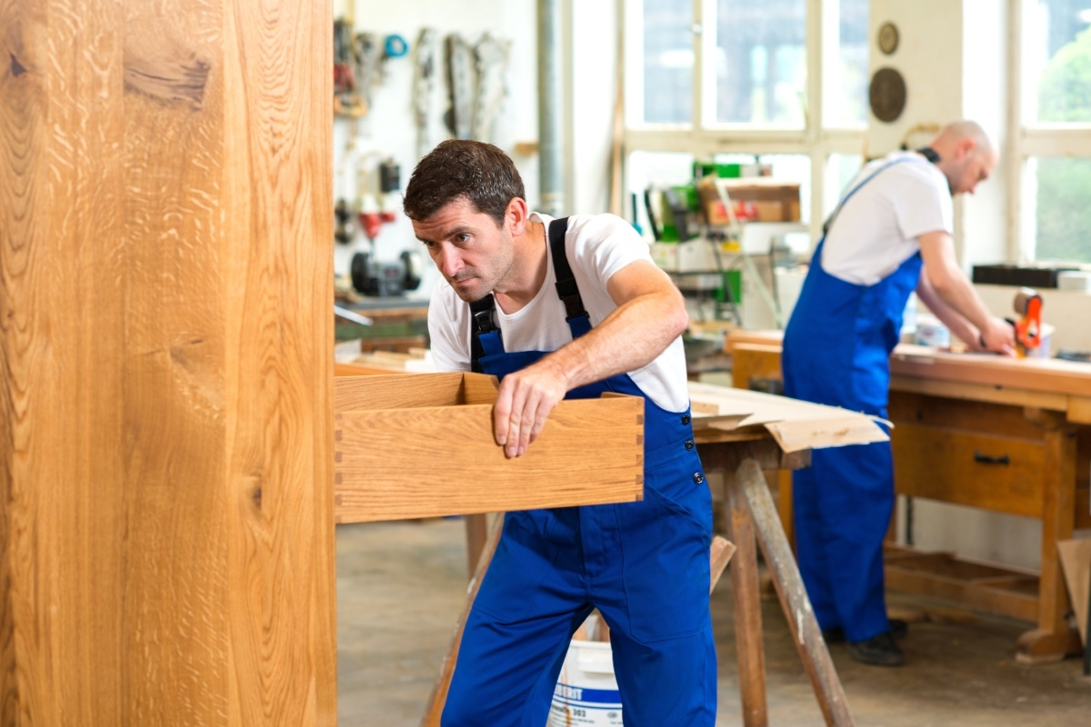 Trends of modest growth in the furniture manufacturing industry lends to moderate optimism for U.S. furniture manufacturers.