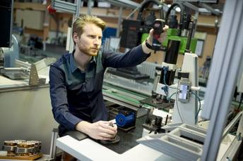 Manufacturing_Engineer_on_Factory_Floor.jpg