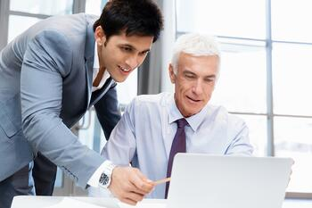 Consultants offer several benefits for a manufacturing organization.